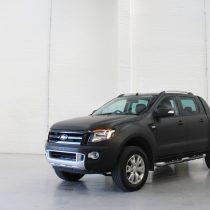 Ford Ranger - Matte Black 3M 1080 - M12