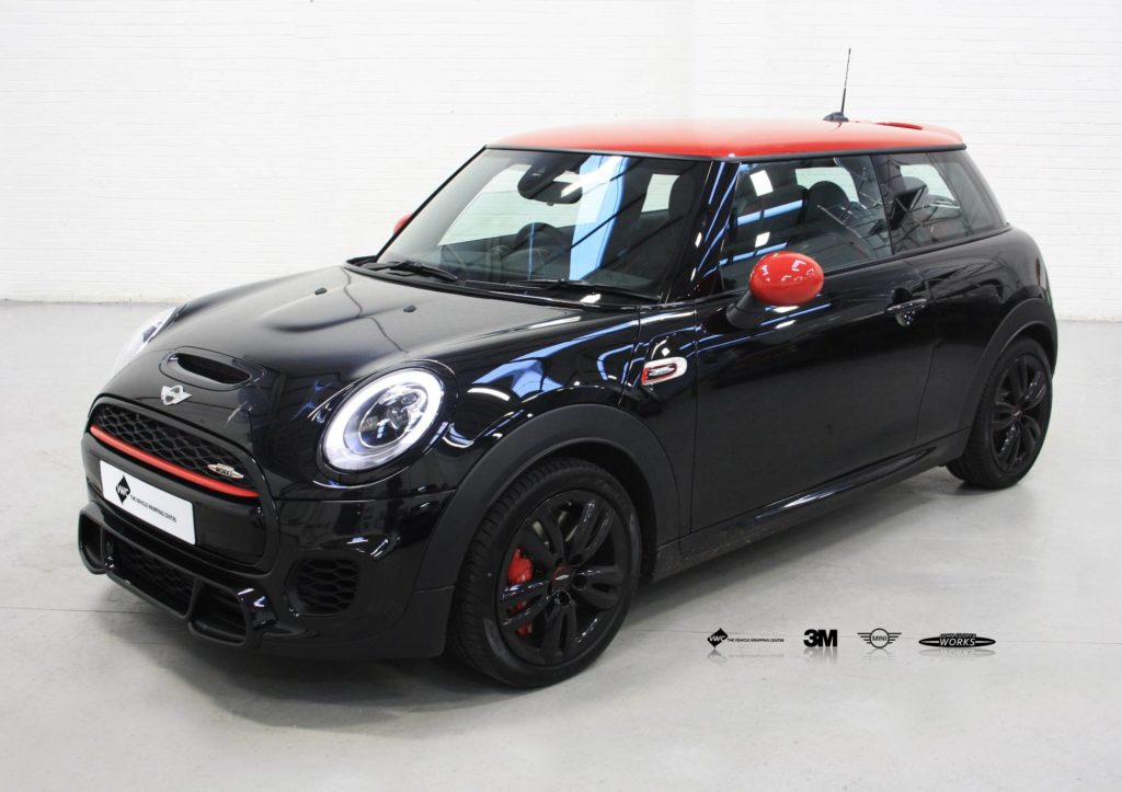 john cooper works mini de chrome 3m 1080 gloss black personal vehicle wrap project. Black Bedroom Furniture Sets. Home Design Ideas