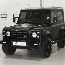 Land Rover Defender - Matt Black