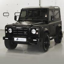 Land Rover Defender - Matt Black IG