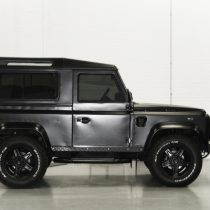 Land Rover - Matt Black Side