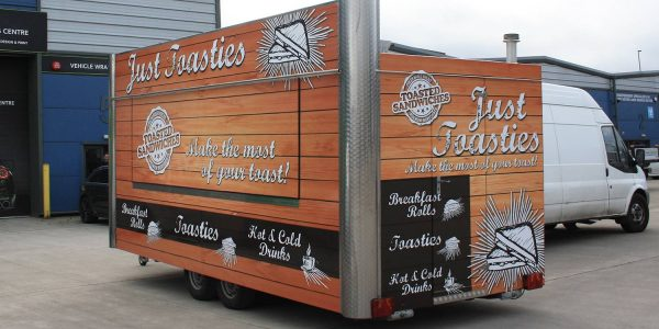 food-trailer-wrap