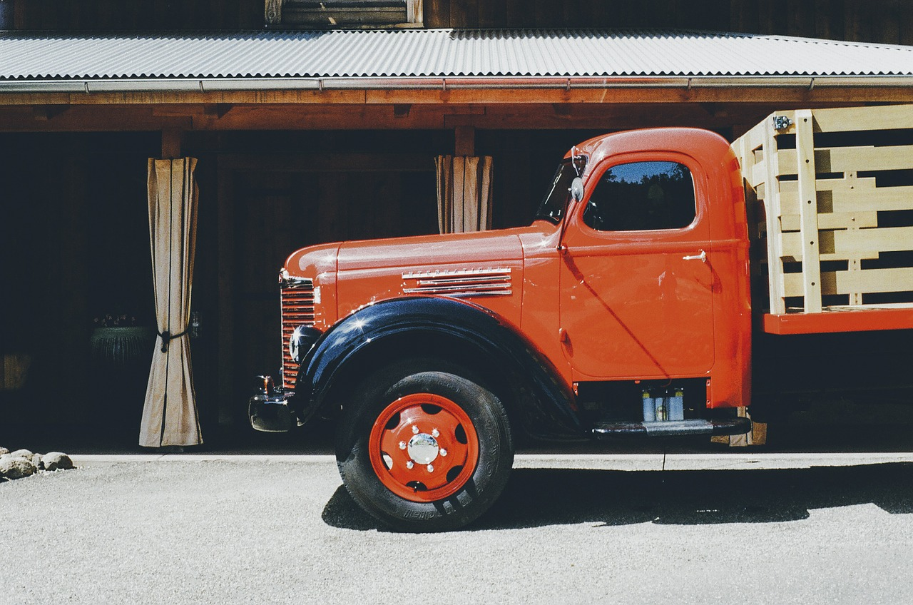 truck-405874_1280